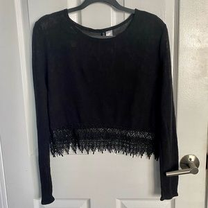 H&M Divided black long sleeve knit shirt